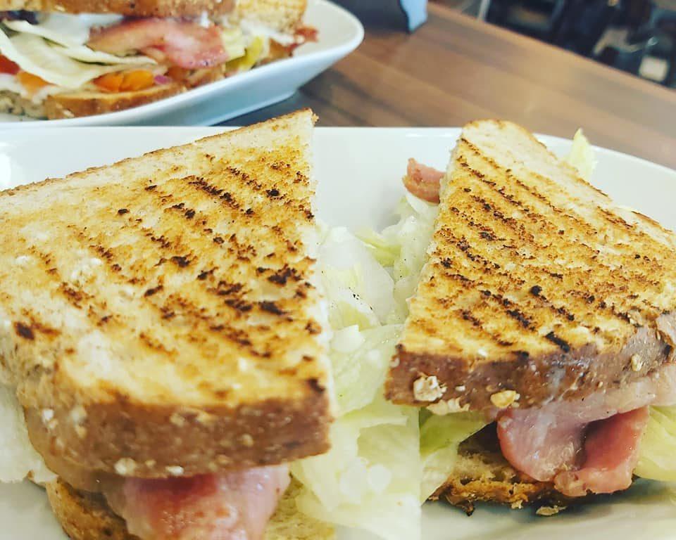 Bella Cafe & Bistro